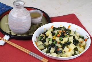 Món chay : Khoai tây xào rong biển .