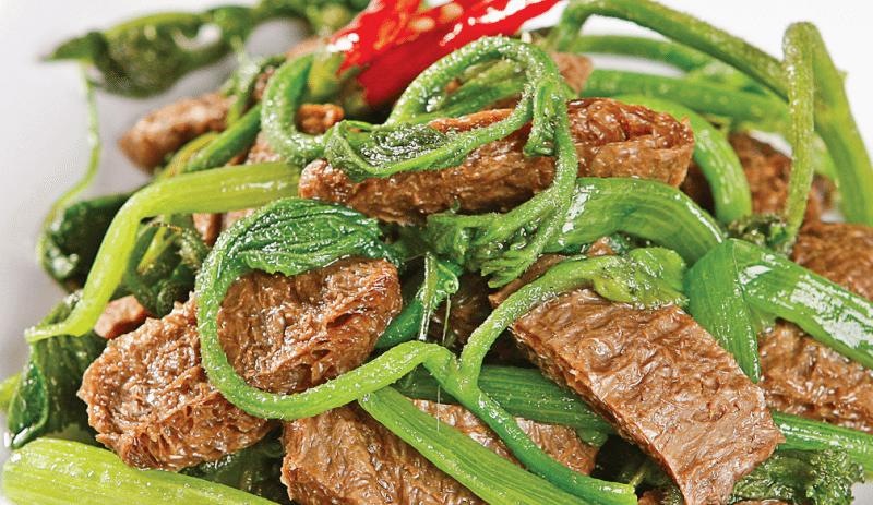 Món chay : Đọt bí xào thịt bò .