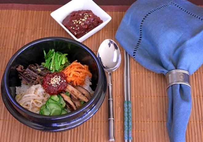 Cơm trộn chay kiểu Hàn Quốc .