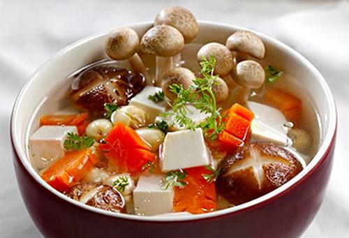 Canh nấm hạt sen món chay bổ dưỡng dễ làm - Món Chay - Quán chay