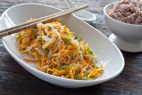 rau cu xao chay Rau củ xào ăn chay giản dị cho ngày đầu tháng đầy đủ chất