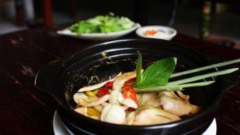Món chay nấu trong 10 phút: nấm đùi gà hấp Thái